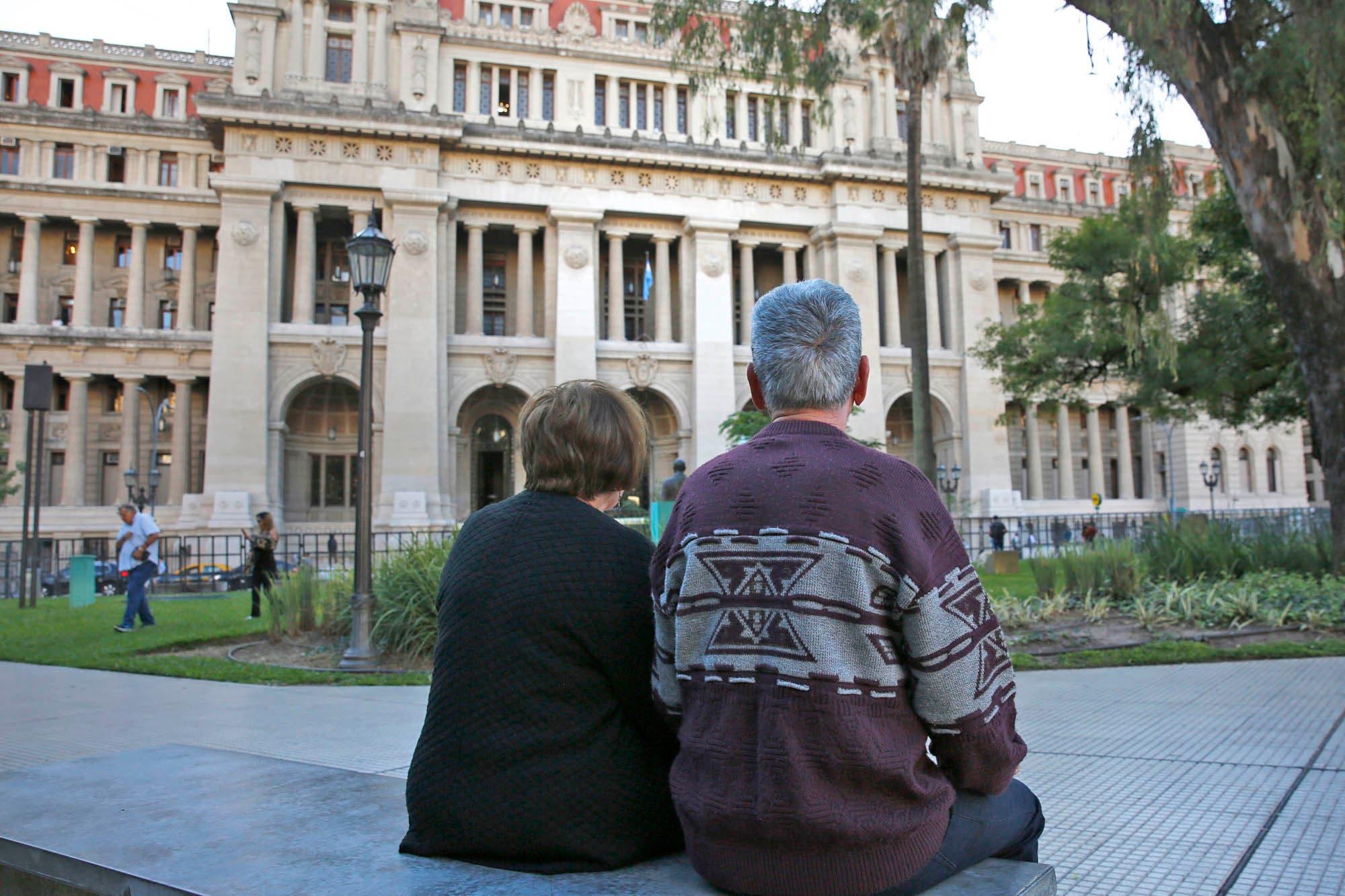 Un ajuste para los jubilados, con una modalidad ya cuestionada por la Justicia