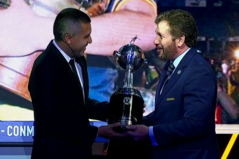 La Libertadores para Riquelme, el audio de Los Palmeras y los memes: las perlitas del sorteo de la Conmebol