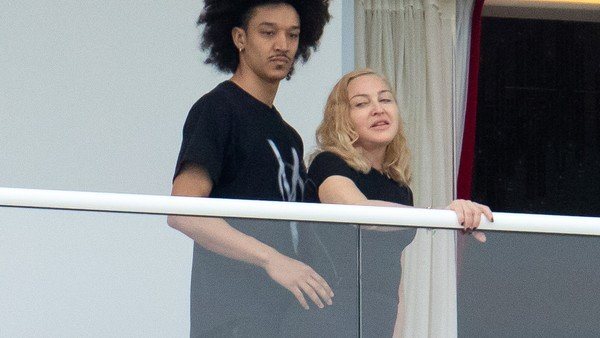 Madonna, a los 61, con un novio de 25