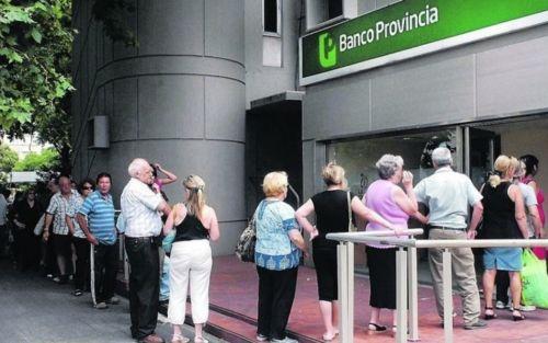 Comienza el pago del medio aguinaldo a los jubilados y pensionados bonaerenses