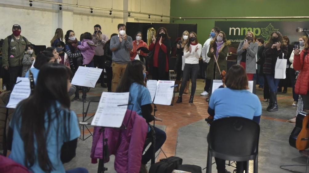 entregan-instrumentos-a-orquestas-infantiles-bonaerenses-como-fomento-de-la-inclusion-social