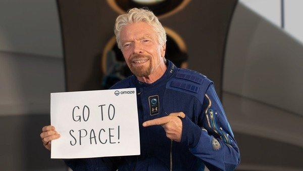 richard-branson-sortea-dos-viajes-espaciales-en-la-nave-de-virgin-galactic:-como-participar