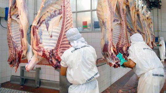 carne:-el-gobierno-decide-si-flexibiliza-o-mantiene-el-cepo