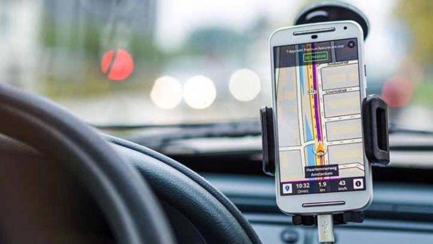 google-maps-vs.-waze:-¿que-aplicacion-de-navegacion-es-mejor?